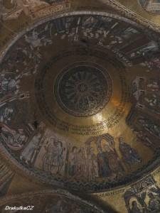 Mozaika v kopuli